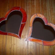 Miroir en coeur avec les bords en vitrail tiffany orange